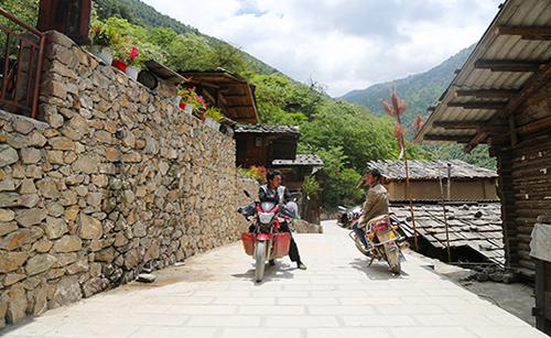 古老傈僳族村寨的脱贫致富路